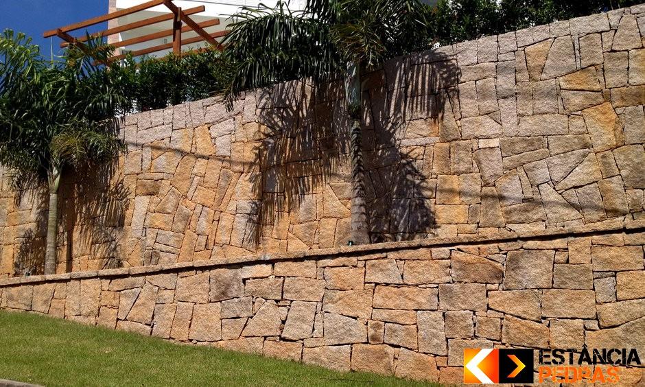 muro de pedra rachão