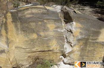 Demolição de pedras e rochas em Estiva com massa expansiva
