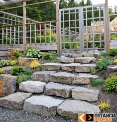 Escada com Degrau em Pedra