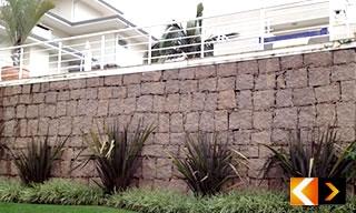 Muro de Pedra Bruta